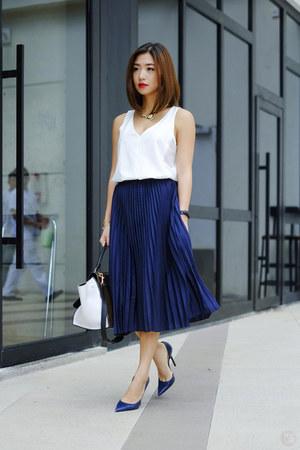 navy WAGW skirt