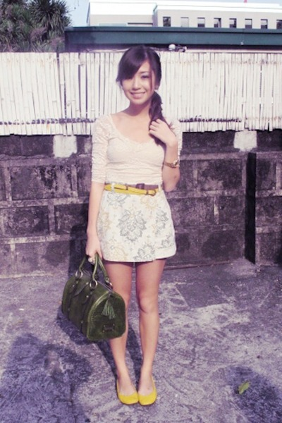 green Fino bag - yellow Suelas flats - off white vintage skirt - off white Topsh