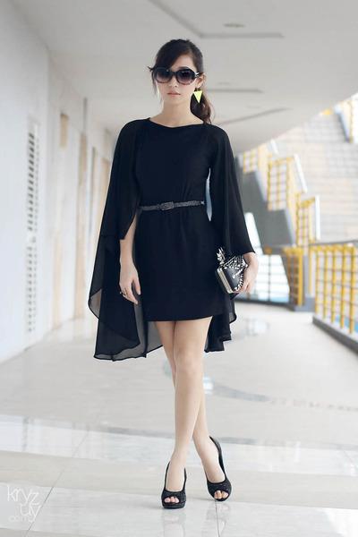 black Ministry of Retail dress - black lemon online bag - black WAGW sunglasses
