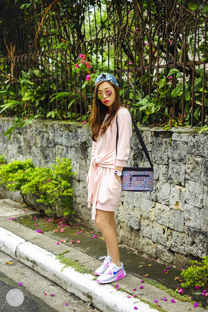 light pink Choies sweater - black YakPak bag