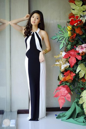 white Details dress