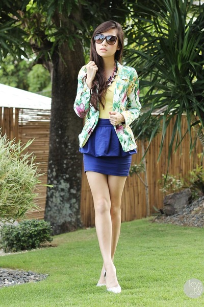 chartreuse SM GTW blazer - navy SM GTW skirt - light yellow closet goddess top