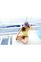 blue WAGW coming soon hat - yellow Sheinside top