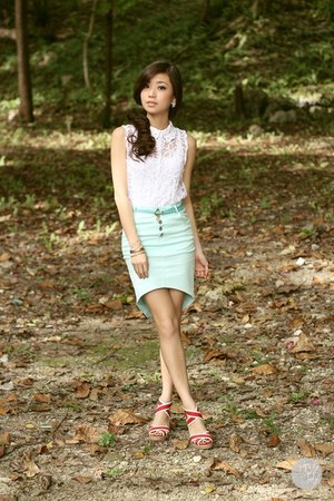 aquamarine WAGW skirt - red j&m wedges - silver Cartier bracelet