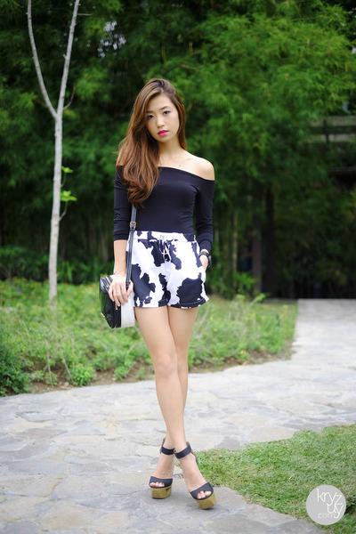 black romwe shorts