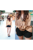 black WAGW shorts - camel PH top - black Aldo heels