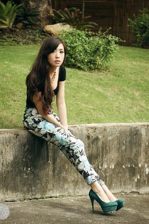 black H&M top - black sabrina pants - teal vogue art heels