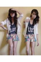 gray wagwmultiplycom shirt - cream Pill skirt - silver H&M intimate