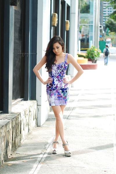 purple Undernourished dress - heather gray The Ramp heels