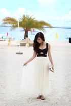 white ianywear skirt - black windsor top