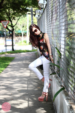 bubble gum ffaq heels - dark brown Burberry sunglasses - black romwe top