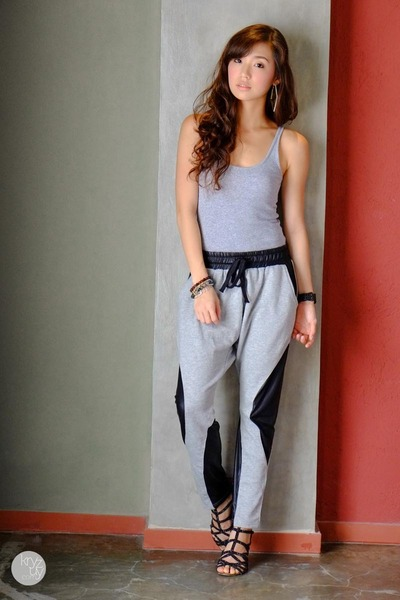 heather gray WAGW pants