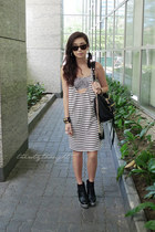 white WAGW dress - black WAGW bag - white H&M intimate - black Five By Five heel