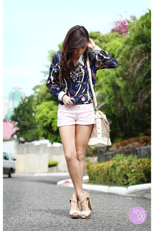 navy clothes for the goddess top - tan Call it Spring bag