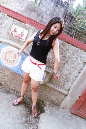 white denim shorts - bracelet - rubber red belt - hanging black top