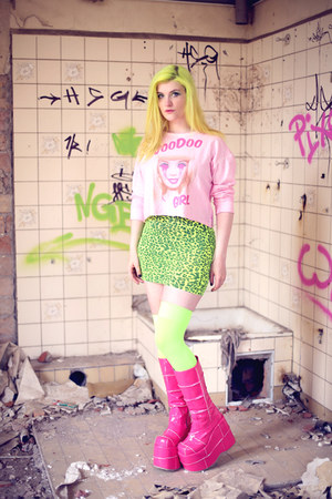 voodoo girl sweater - Demonia boots