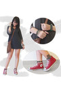 Tawny-roxy-bag-gray-top-red-converse-sneakers