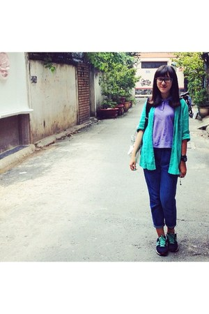 navy The Mint Me jeans - violet shirt - turquoise blue shirt
