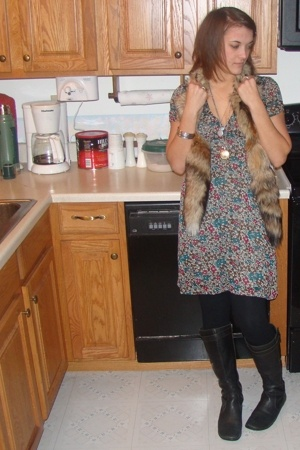 vintage scarf - H&M dress - born shoes - Vinatge necklace