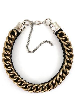 Noriko Emmy necklace