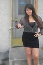Black-dress-black-shoes-black-top