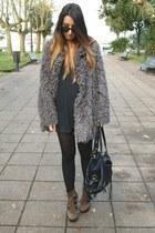 charcoal gray Svmi-e coat - brown Aldo boots