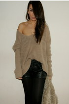 camel knit Bershka sweater - black leather Zara shorts