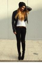 black Fox House shoes - black Zara hat