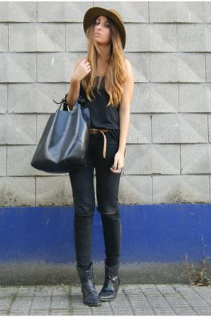 black Zara bag - bronze western Pull and Bear belt - black Zara top