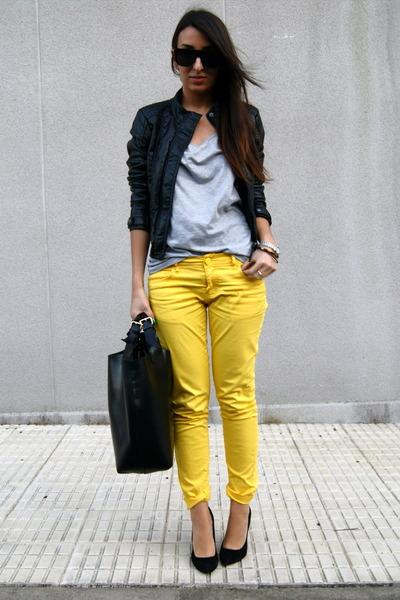 black Zara shoes - black Zara bag - yellow Zara pants - silver H&M t-shirt