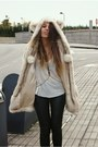 Beige-bear-ear-asos-coat-deep-purple-harness-lo-chlo-necklace