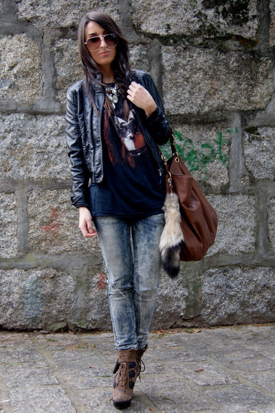 Brown Aldo Boots, Black Leather Zara Jackets, Navy Bershka Ts ...