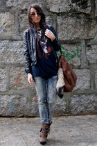 brown Aldo boots - black leather Zara jacket - navy Bershka t-shirt