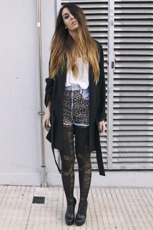 heather gray leopard DIY shorts