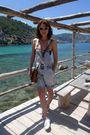 Blue-vintage-pants-white-deks-shoes-brown-louis-vuitton-purse
