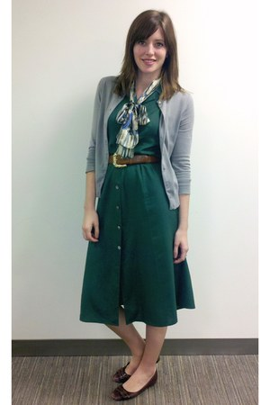 dark green thrifted vintage dress - ascot urban outiftters scarf