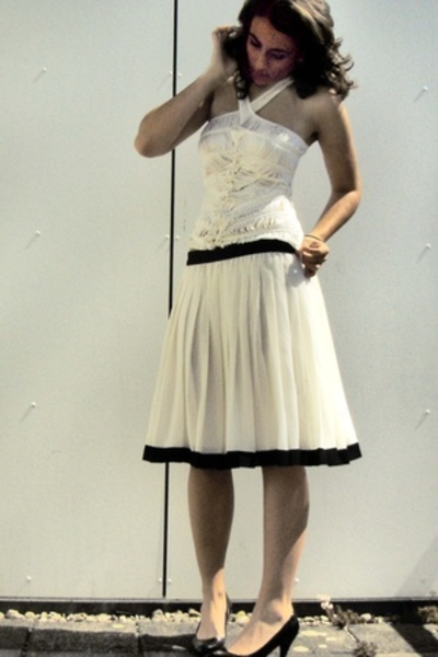 Quist top - Episode skirt - New Yorker shoes