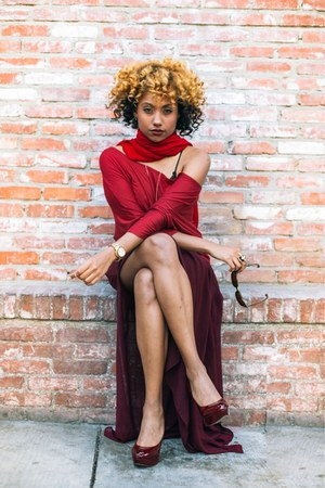 brick red MNG for Mango skirt - ruby red silk Pashmena scarf