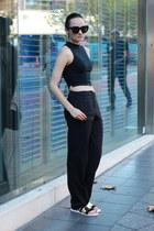 black audrey Celine sunglasses - dark gray wool Babaton pants