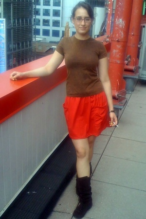 American Apparel t-shirt - American Apparel skirt - Aldo shoes - gift from someo