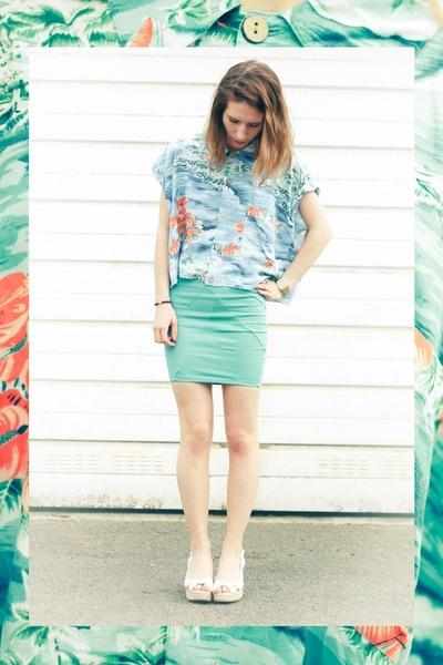aquamarine pull&bear shirt