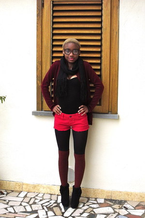brick red H&amp;M socks - black vintage boots - hot pink Zara shorts