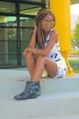 Black-zara-boots-white-h-m-dress-silver-quay-australia-eyewear-sunglasses