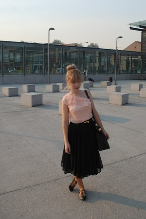 Primark bag - CUSHH blouse - Primark belt - H&M skirt - new look flats