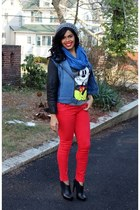 graphic tee Forman Mills t-shirt - booties Jessica Simpson boots