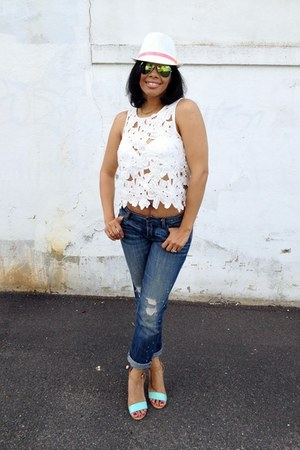 crochet Moda Boutique top - JustFab shoes - American Eagle jeans