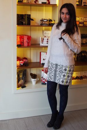 Zara skirt - paolo botticelli boots - Local store sweater