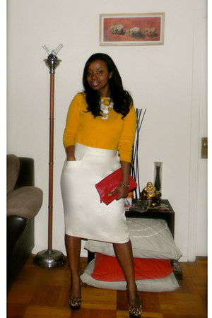 off white Lord & Taylor skirt - red H&M purse - off white H&M necklace