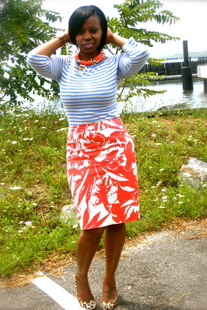 burnt orange ny &amp; co skirt - sky blue Old Navy shirt - brown Bandolino pumps