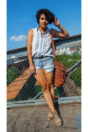 Urban Outfitters bag - Steve Madden boots - American Eagle shorts
